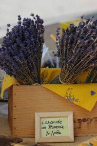lavender-1512699-639x961