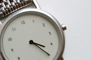 watch-1461306-639x425